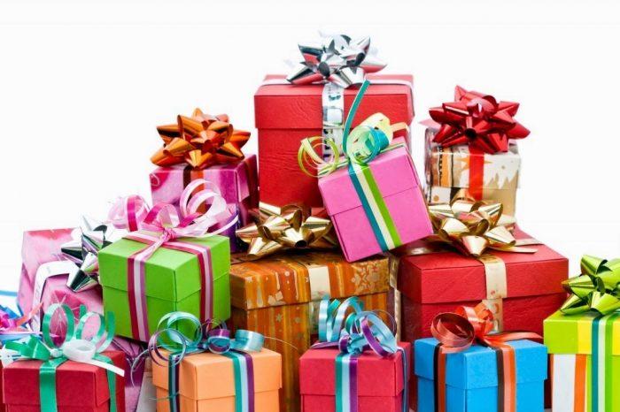 popular-christmas-gifts-2015-ravtmbgo-e1481009909635